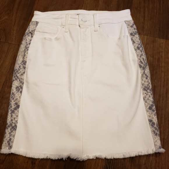 Good American Dresses & Skirts - NWOT Good American Snake Print Mini Skirt